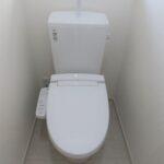 2号棟トイレ(内装)